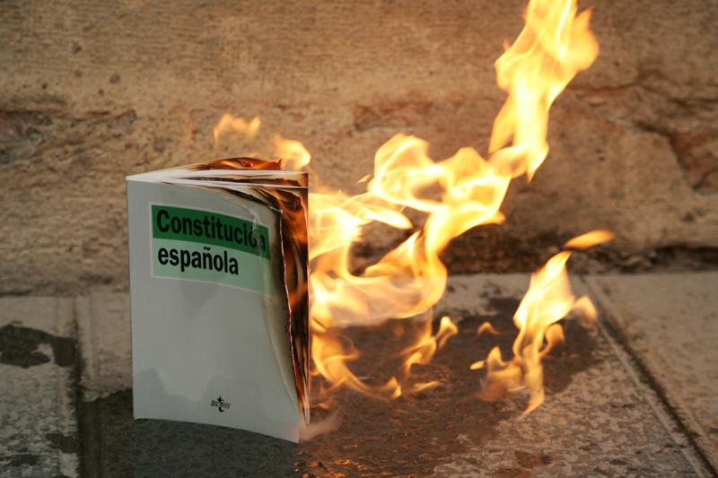 Crema constitució espanyola
